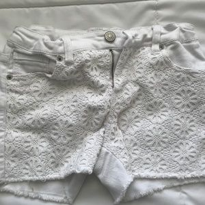 Cherokee White Flower Shorts
